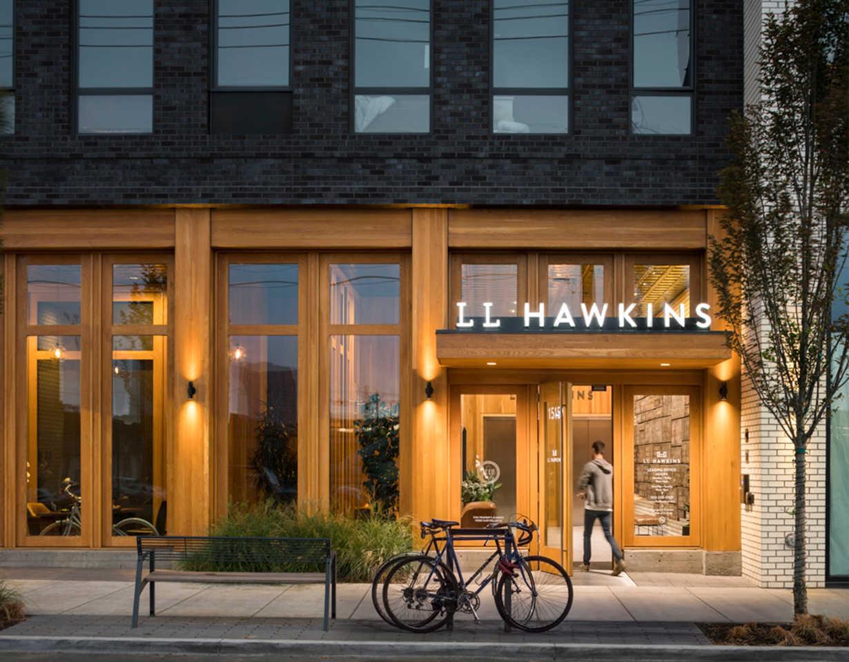 LL-Hawkins-street-view